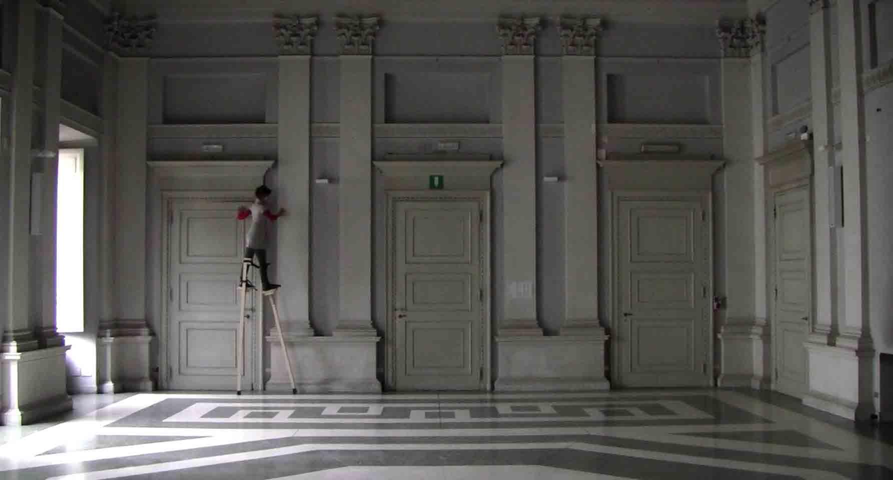Giulia-Gallo-Unità-di-misura-molto-personale-video-2013